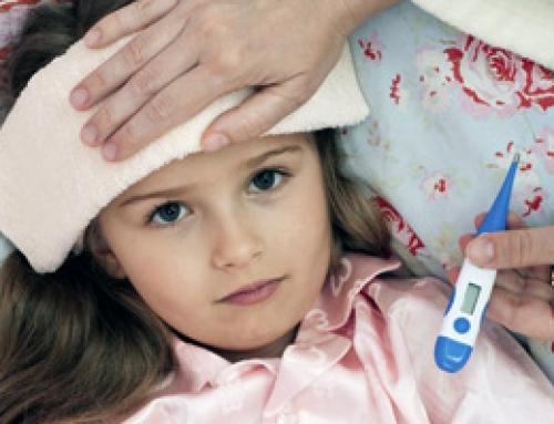 Πυρετικοί σπασμοί στα παιδιά: Ποια είναι τα συμπτώματα | iatronet.gr