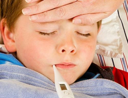 Πώς θα ξεχωρίσετε αν το παιδί σας έχει ίωση, κρύωμα ή κορωναϊό | tanea.gr